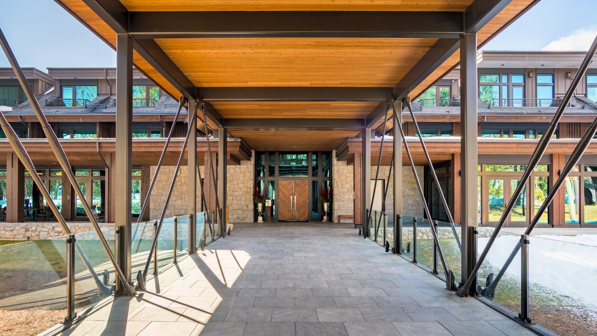 Edgewood Lodge Entrance Close Up