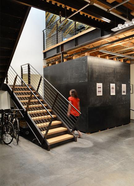 Studio Slider 1